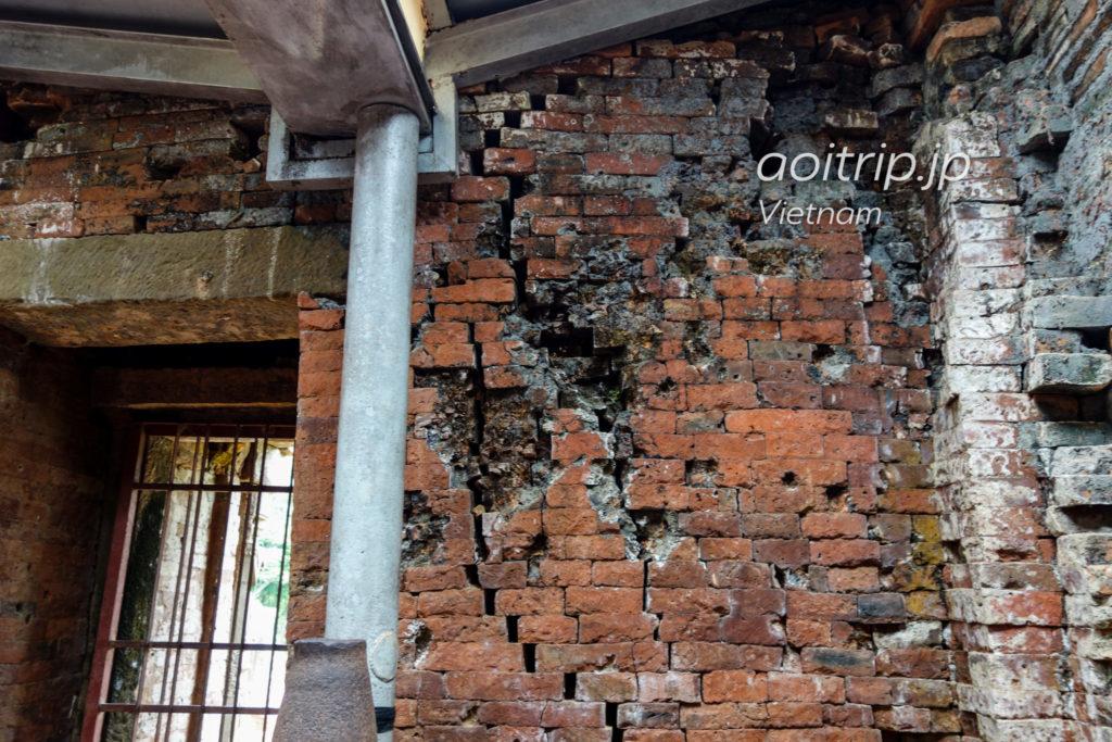 ミーソン遺跡 ベトナム戦争でアメリカに破壊された煉瓦
