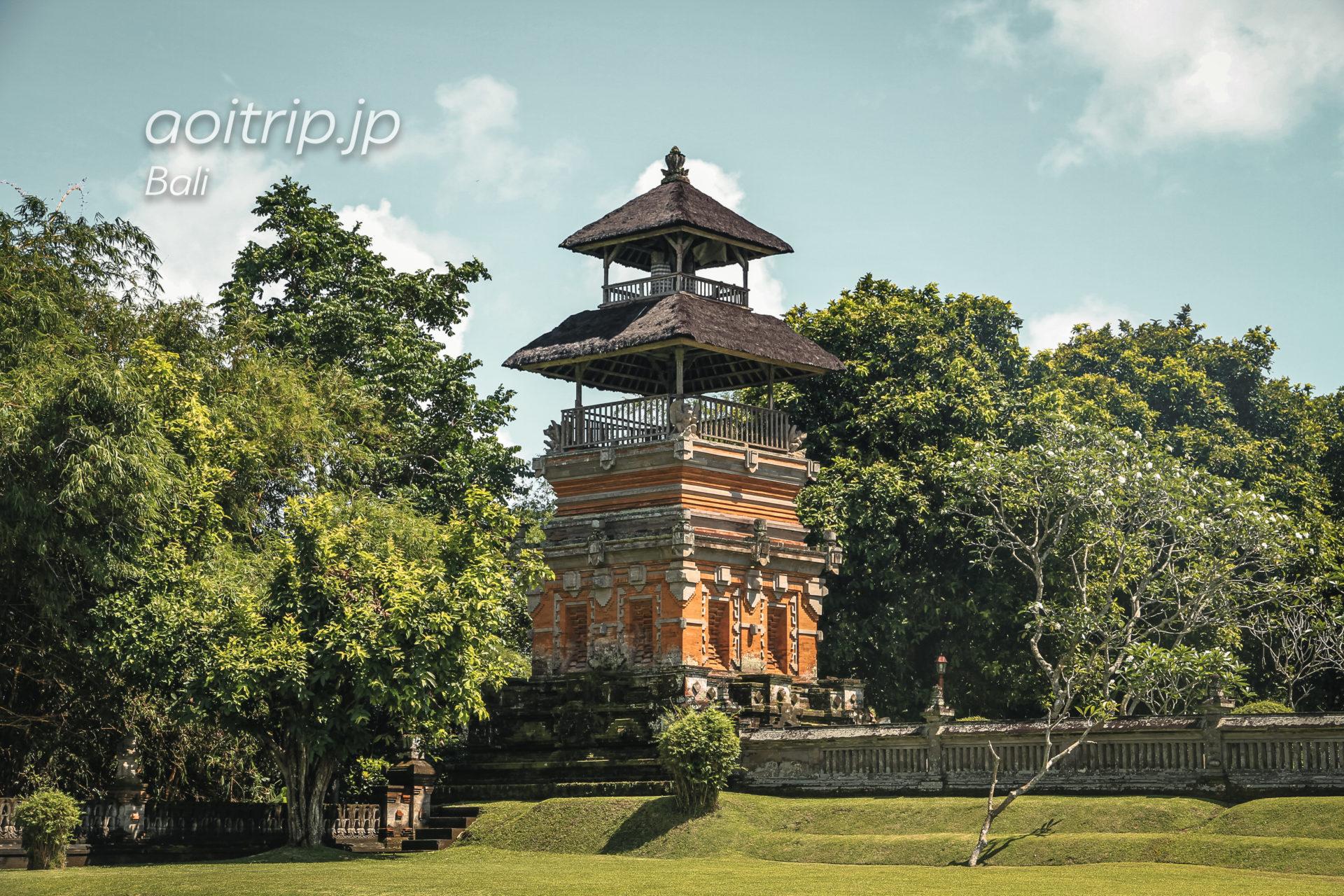 タマンアユン寺院の境内