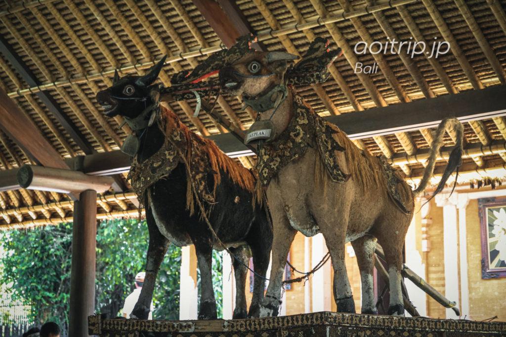 タマンアユン寺院の闘鶏場