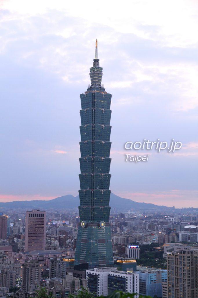 象山から望む台北101
