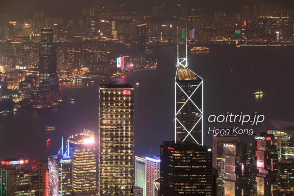 ヴィクトリアピークから見る中国銀行ビルの夜景