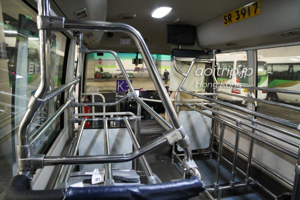 エアポートエクスプレスシャトルバスの車内