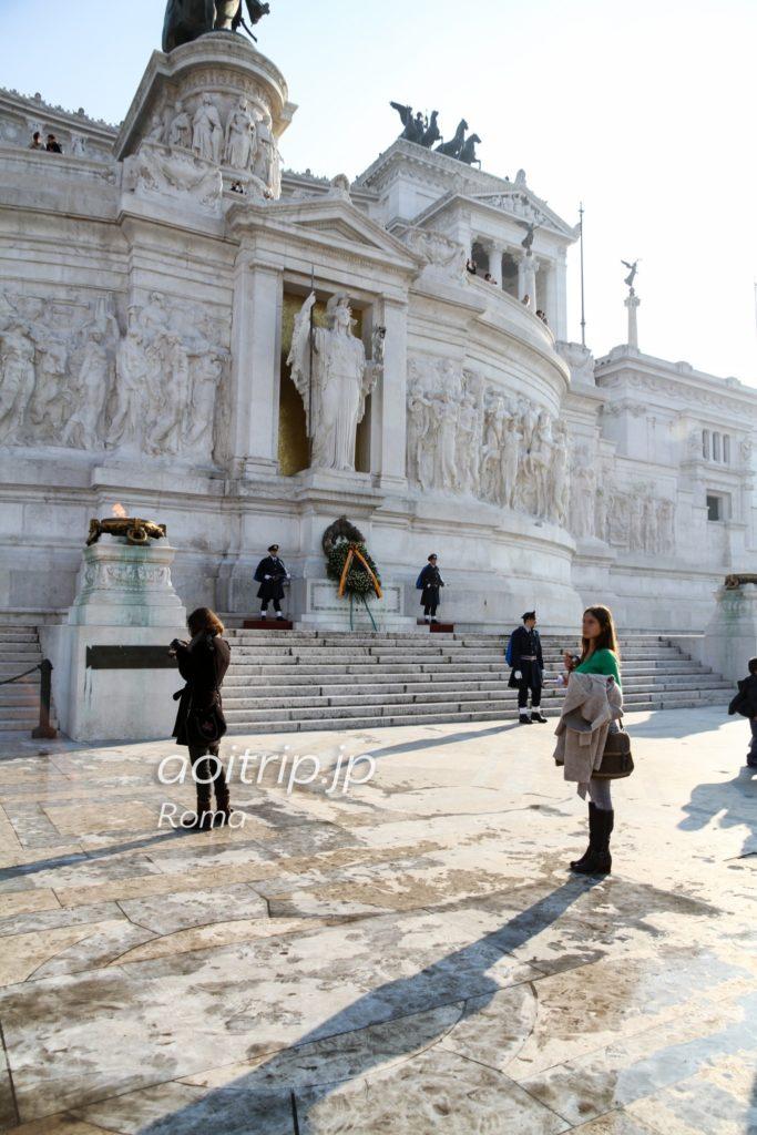 ヴィットーリオエマヌエーレ2世記念堂 ローマの像