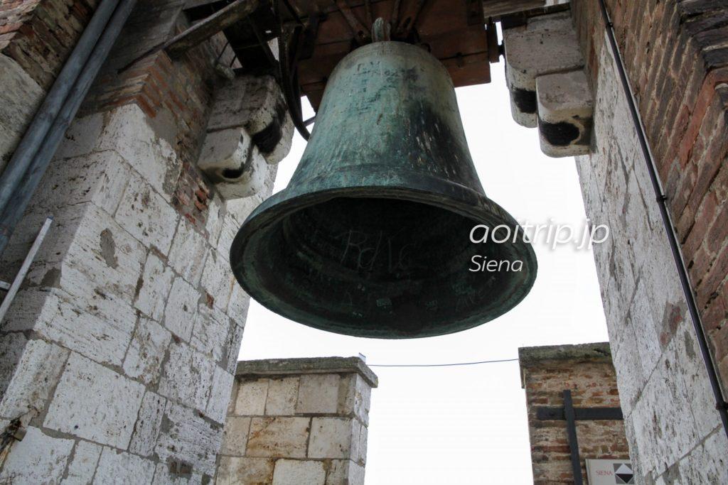 マンジャの塔 鐘