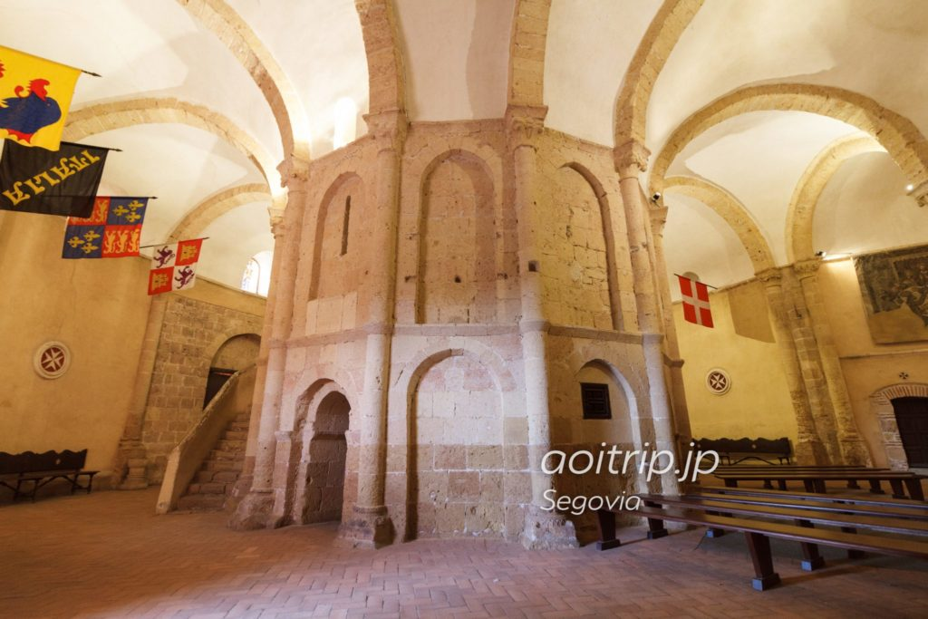 ラベラクルス教会の内部