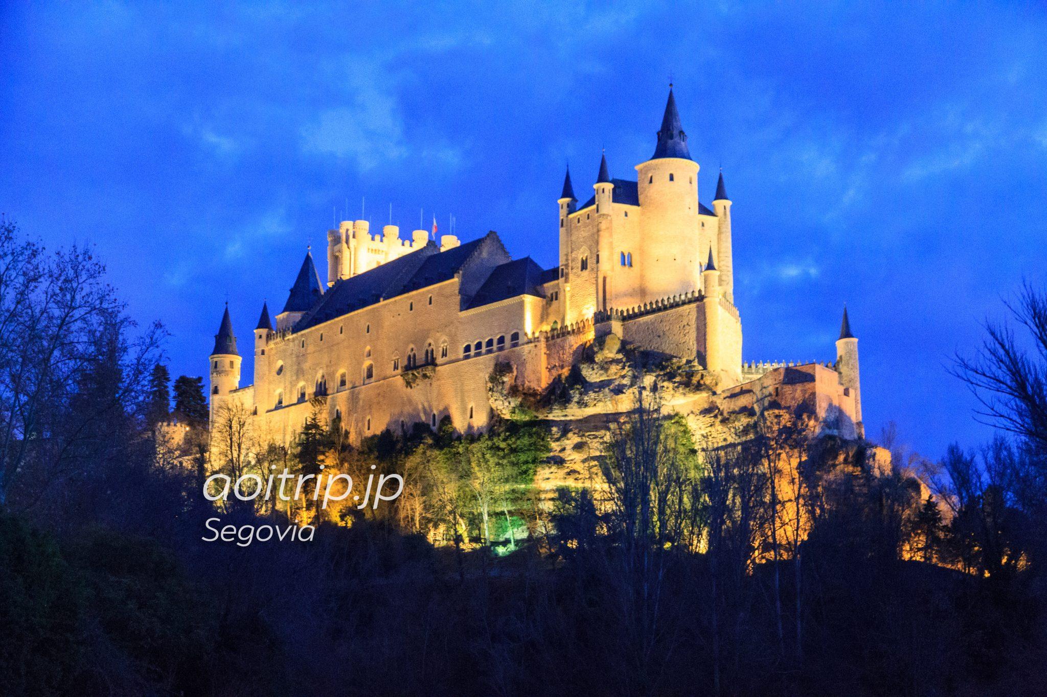 セゴビアのアルカサル 夜景