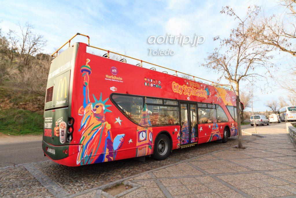 トレド シティツアーのバス
