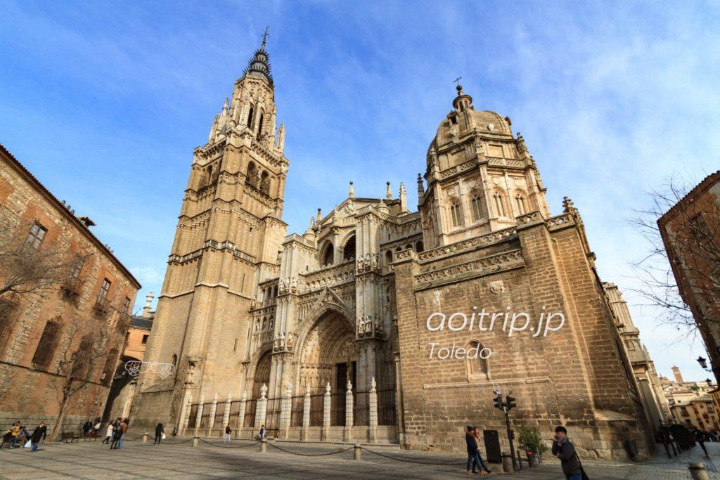 トレド大聖堂の外観写真