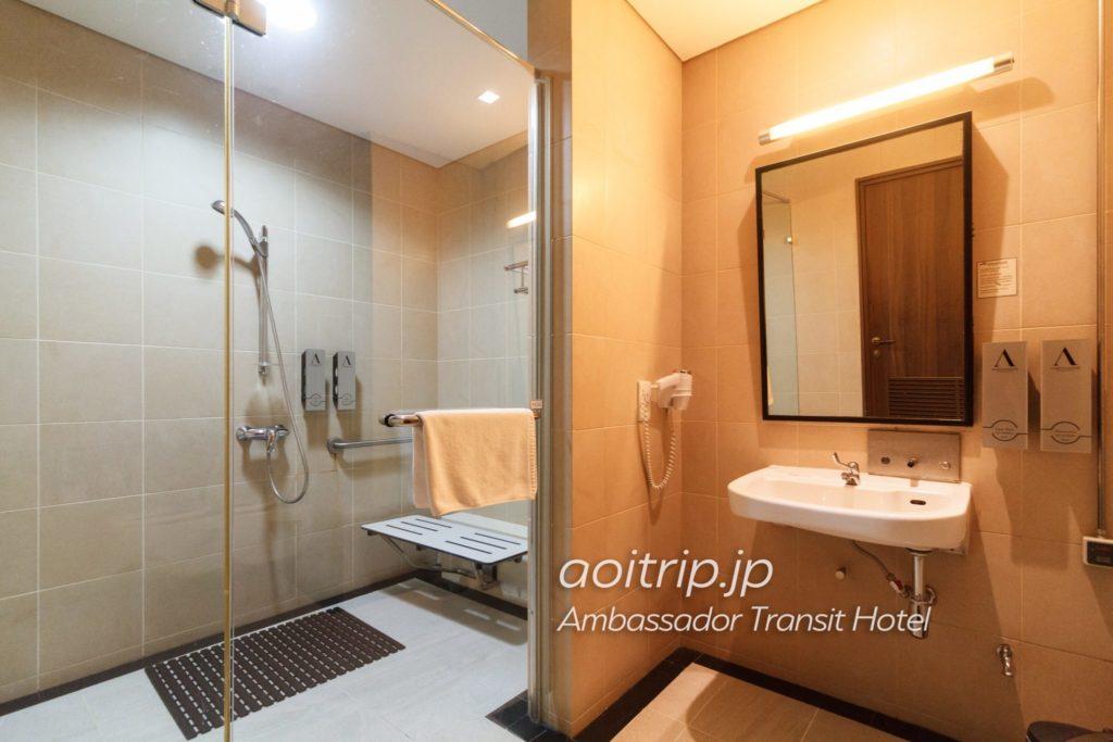 アンバサダートランジットホテル バスルーム