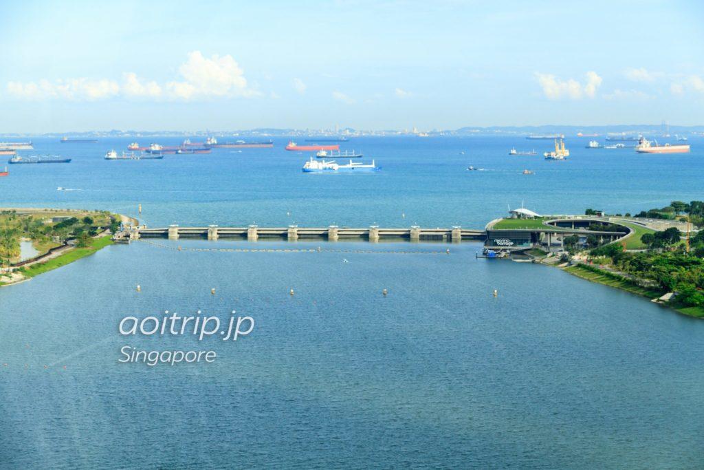 シンガポールフライヤーから見たマリーナバラージ