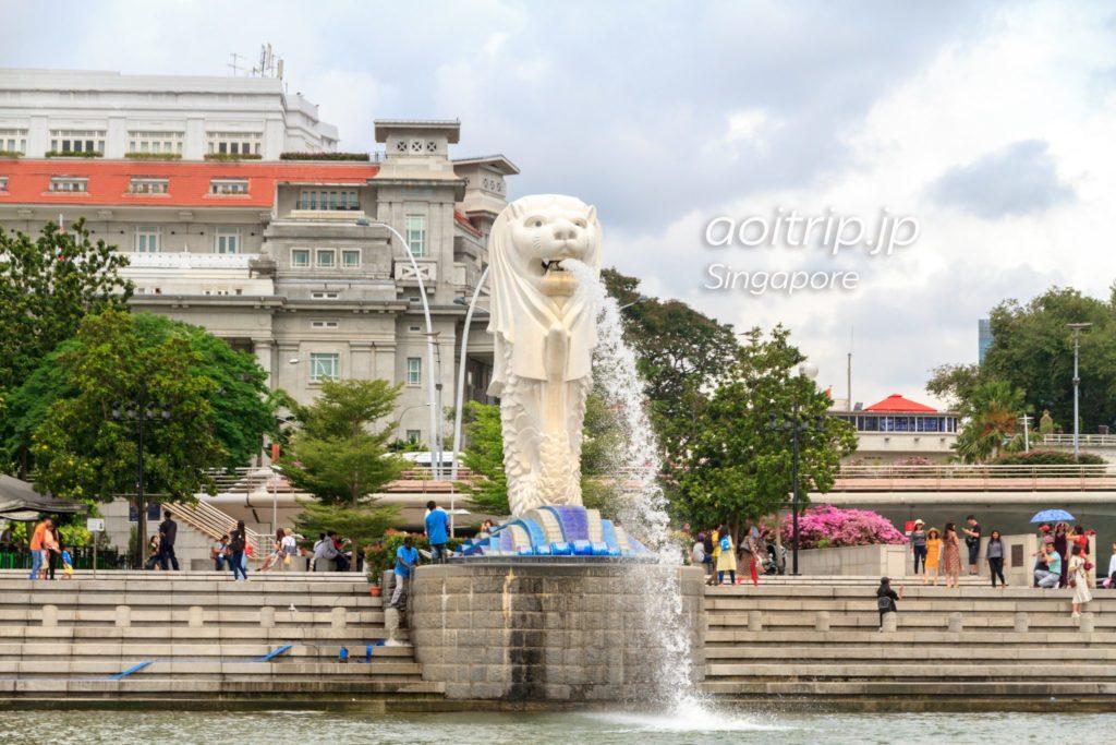 ダックツアーから見たマーライオン像