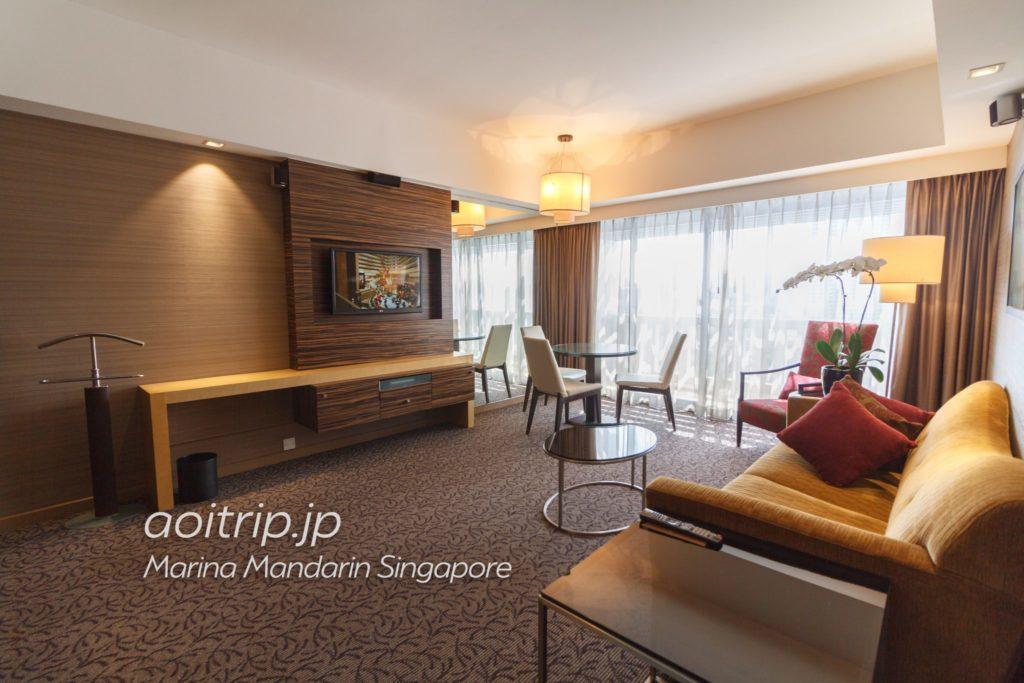 マリーナマンダリンシンガポール アトリウムスイート リビングルーム