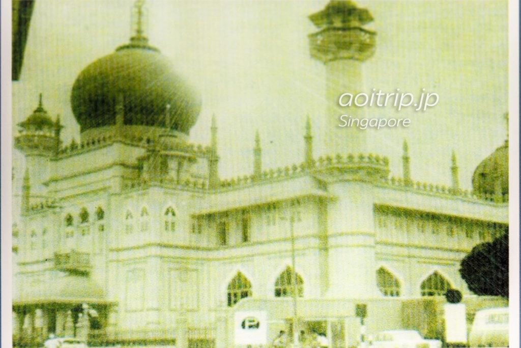 1928年完成の現サルタンモスク
