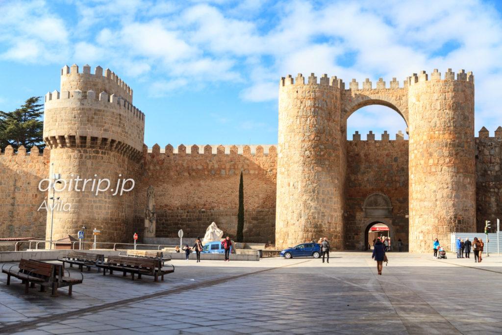 アビラ Puerta del Alcázar