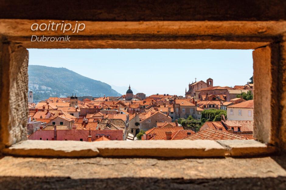 ドゥブロヴニク旧市街を囲む城壁