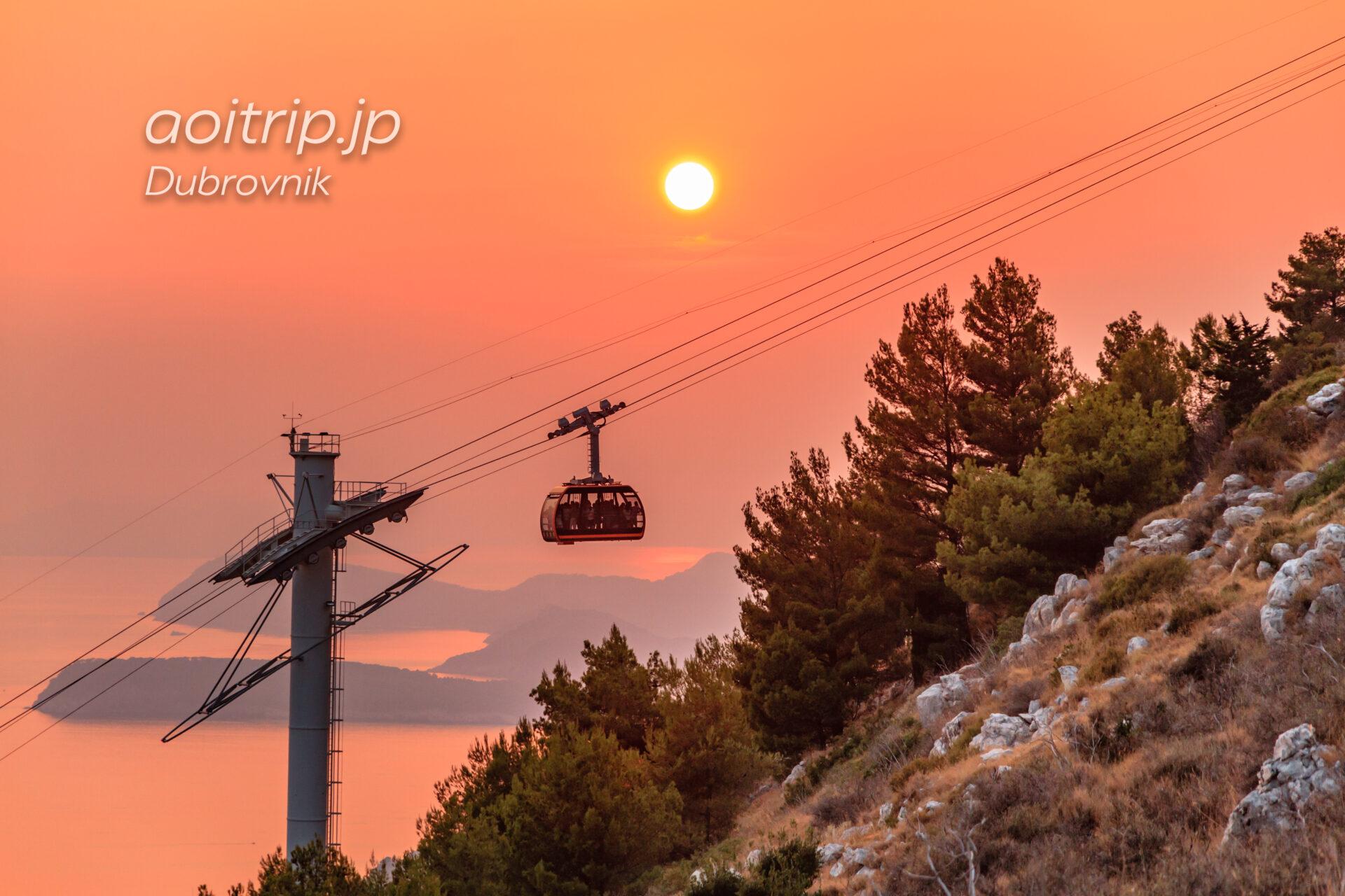 ドブロブニク スルジ山・ロープウェイ越しの夕日
