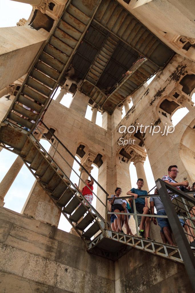 スプリット 大聖堂鐘楼への階段
