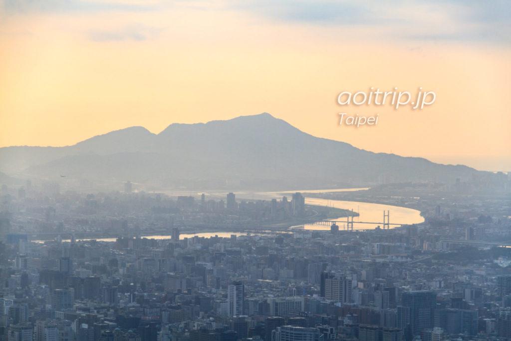 台北101展望台からの淡水の眺望
