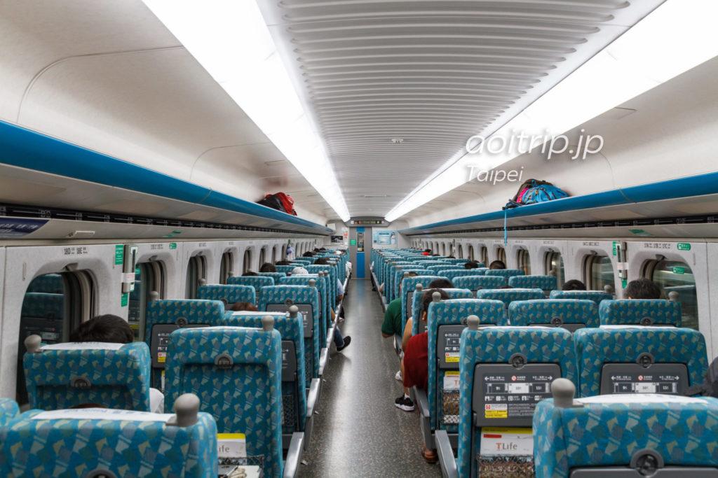 台湾の新幹線 車内の写真