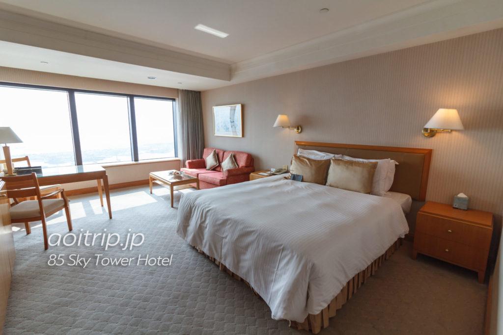 85スカイタワーホテル デラックスダブルルーム ハーバービュー