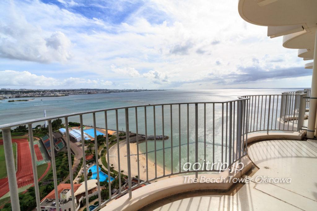 ザビーチタワー沖縄21Fバルコニーからの眺望
