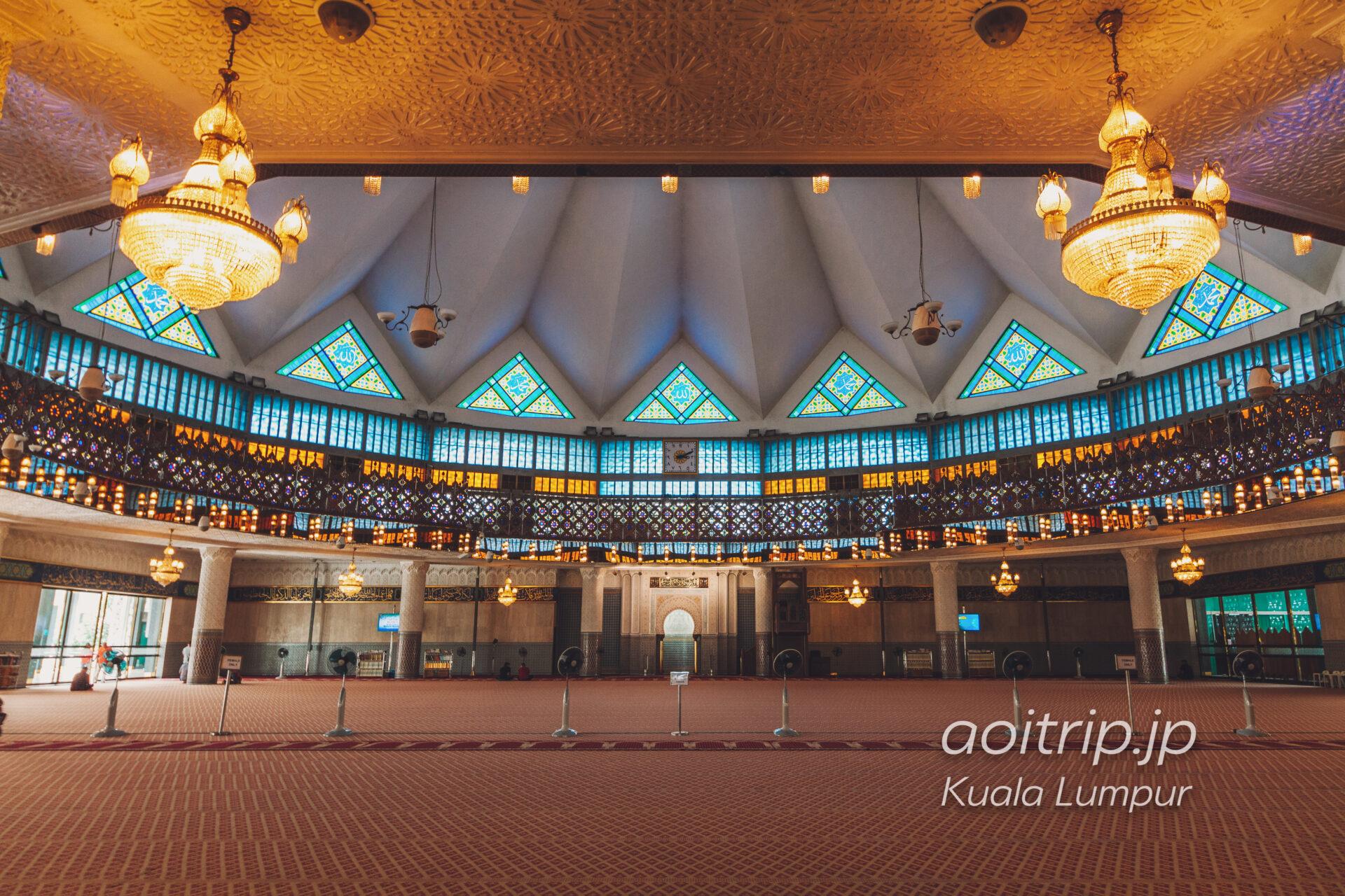 マレーシア国立モスク 礼拝堂