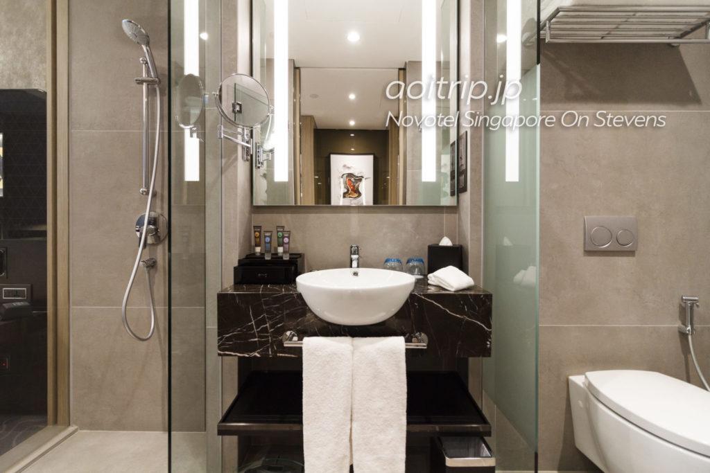 ノボテルシンガポールオンスティーブンス バスルーム