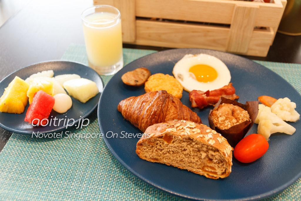 ノボテルシンガポールオンスティーブンス 朝食