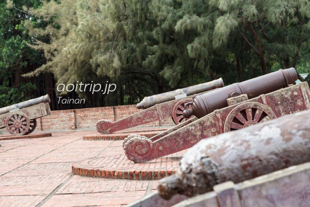 安平古堡の古砲