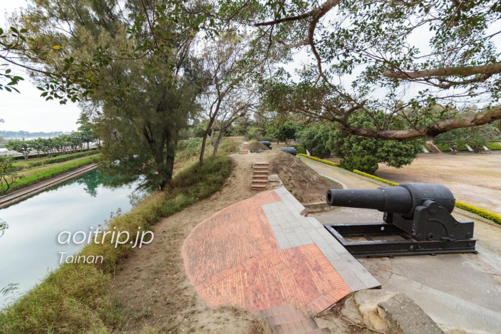 億載金城のアームストロング砲