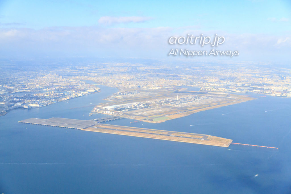 ANA機内からの羽田空港の眺望