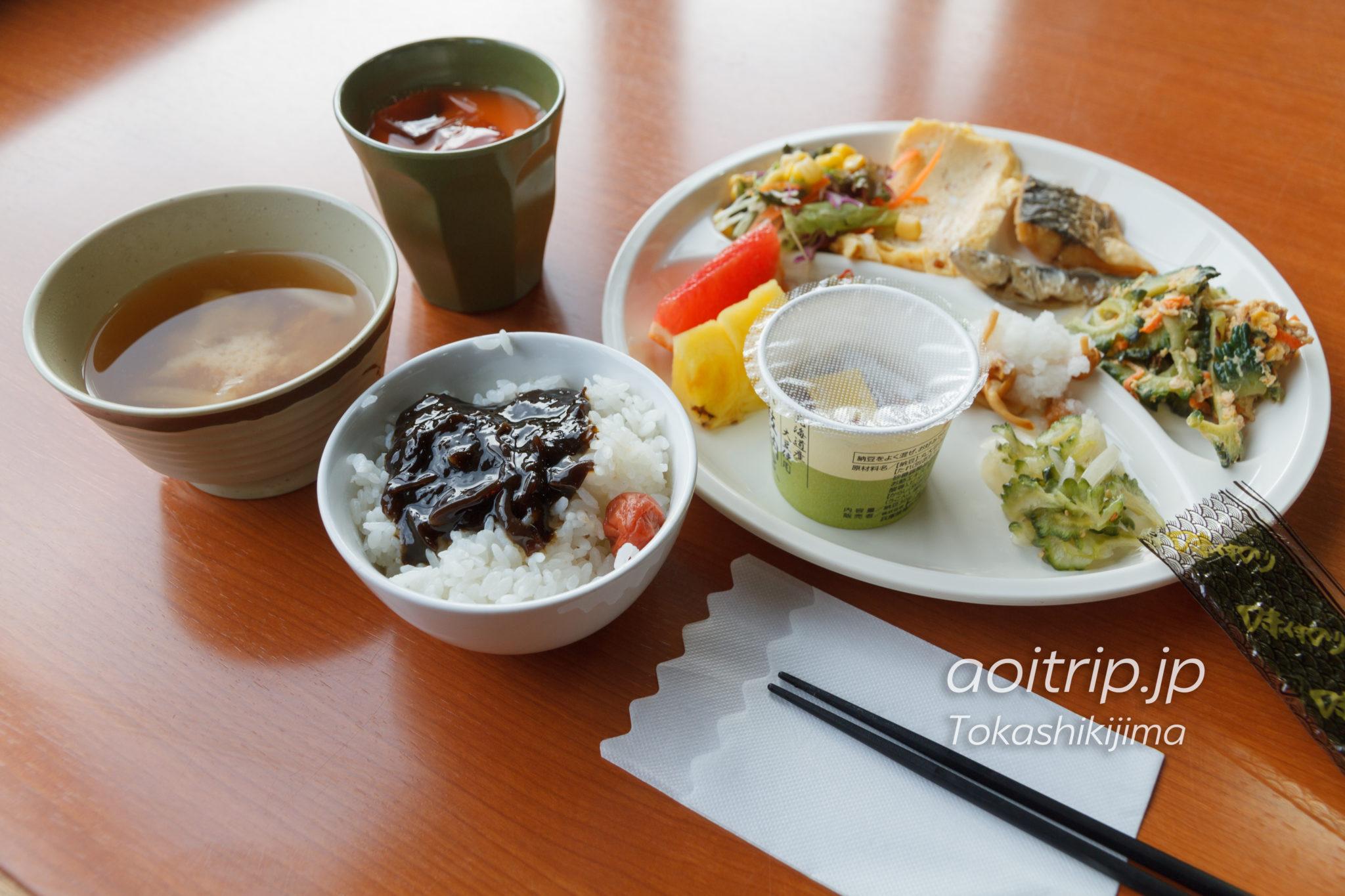 渡嘉敷島シーフレンドの朝食