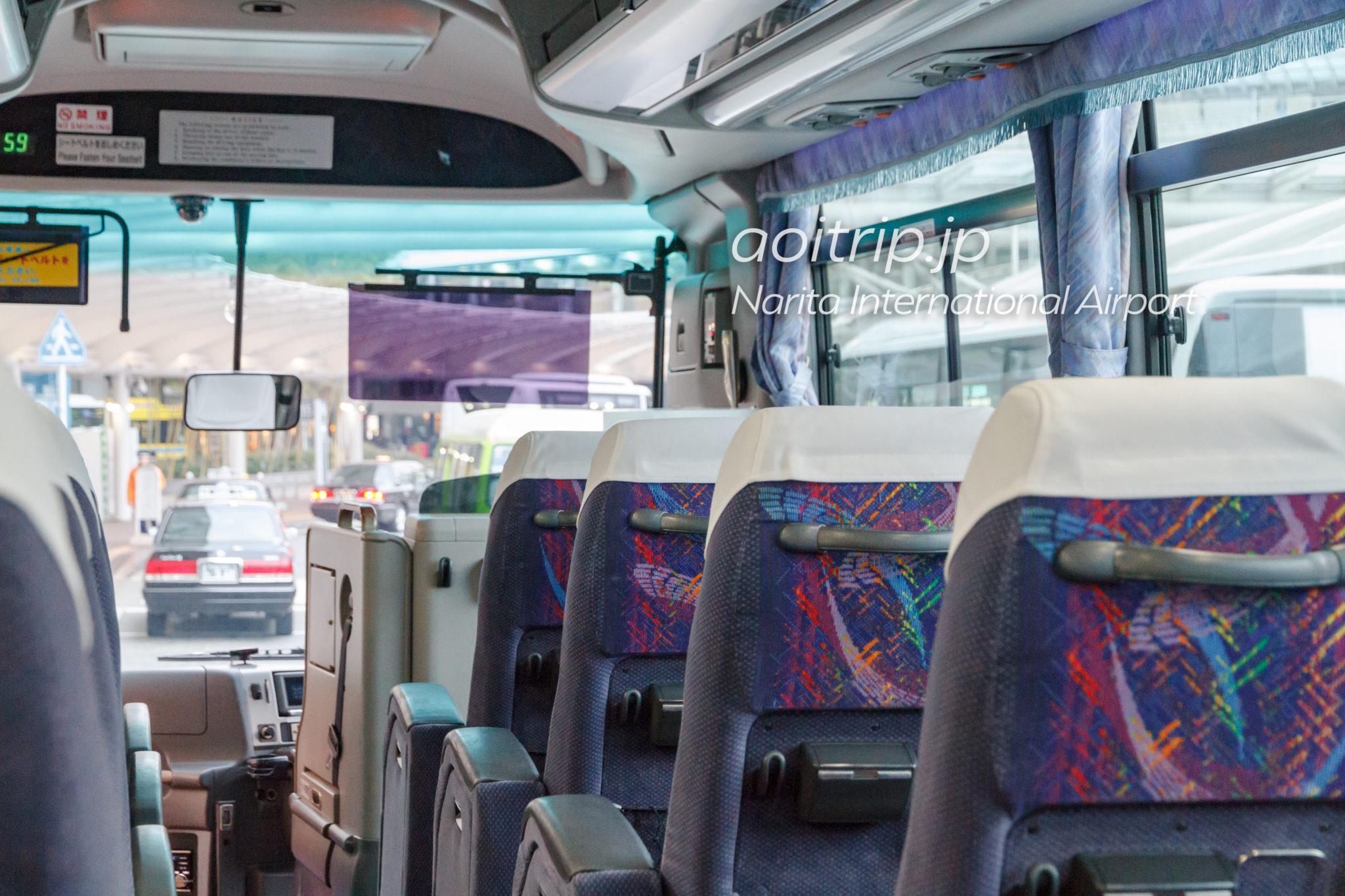 ホテルマイステイズプレミア成田の送迎シャトルバス車内