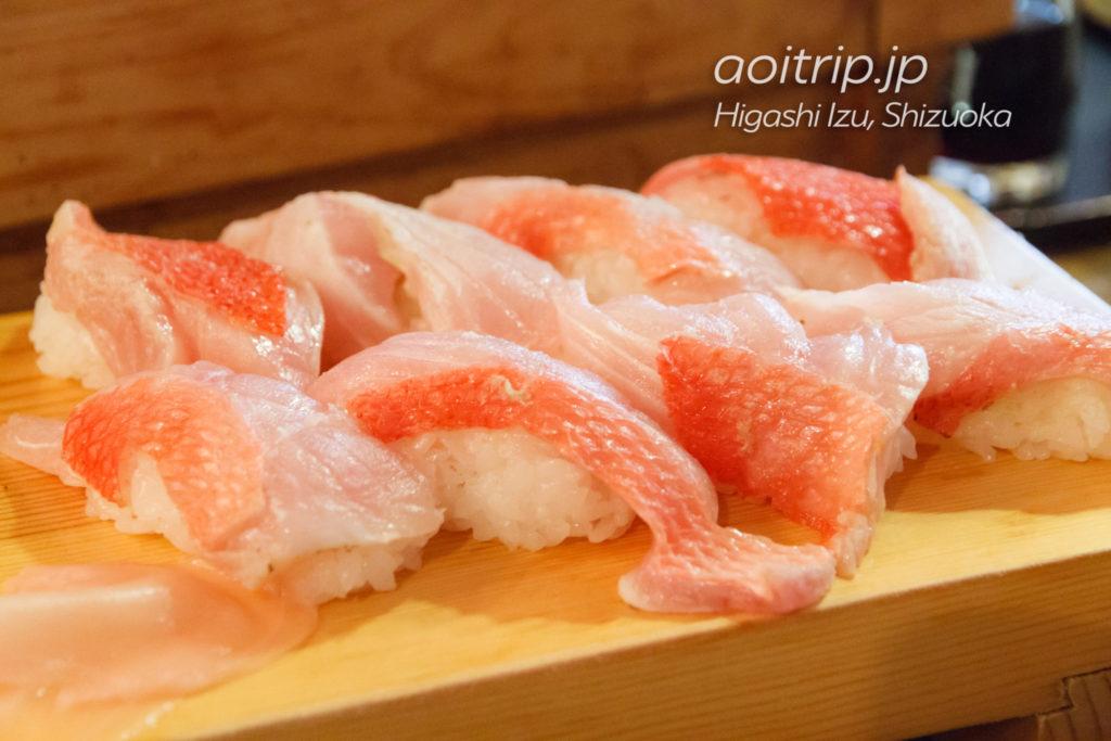 魚八寿しの金目寿司