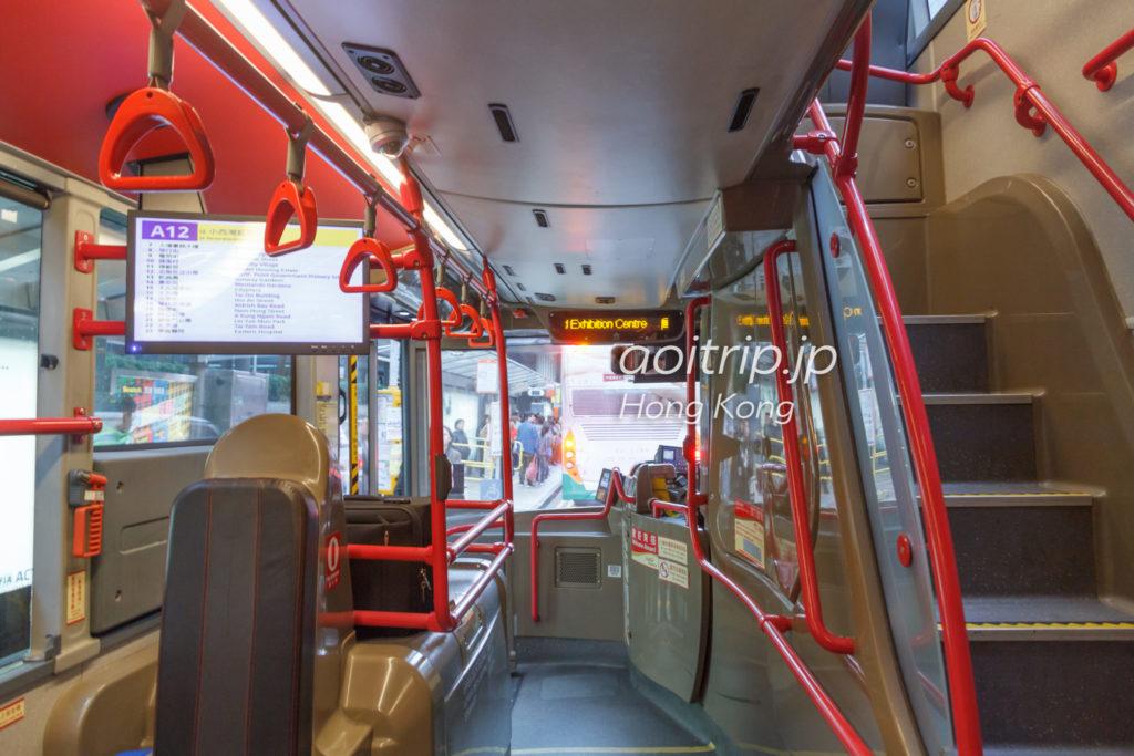 香港空港のエアポートバス車内