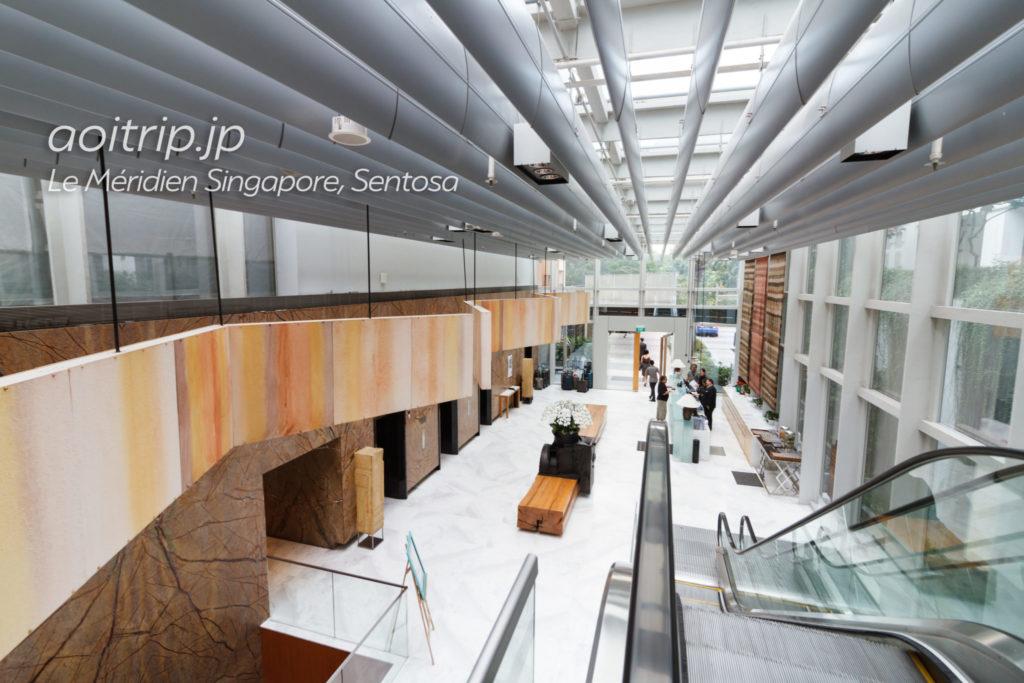 ル メリディアン シンガポール セントーサのホテルロビー