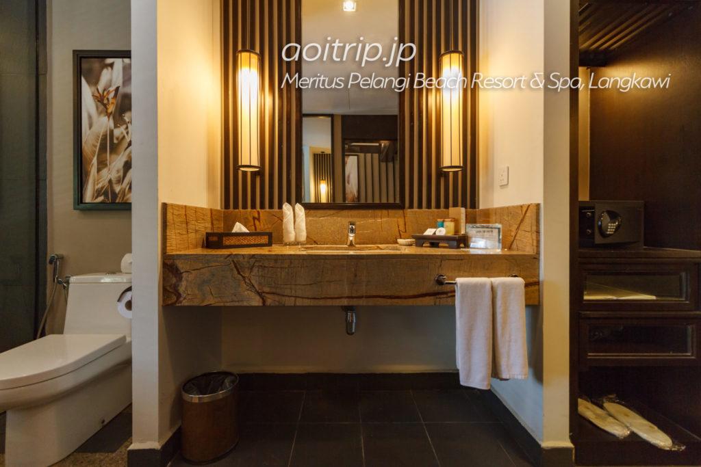メリタスペランギリゾートランカウイのプールテラスルームのバスルーム