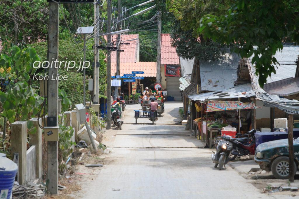 リペ島の道