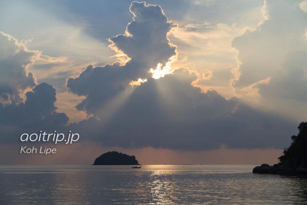 リペ島・アイディリックコンセプトリゾートの朝日
