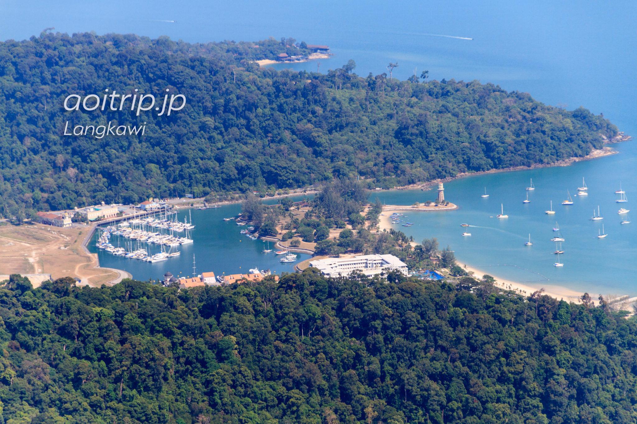 ランカウイ島ケーブルカーSkyCabから望むテラガハーバーの眺望