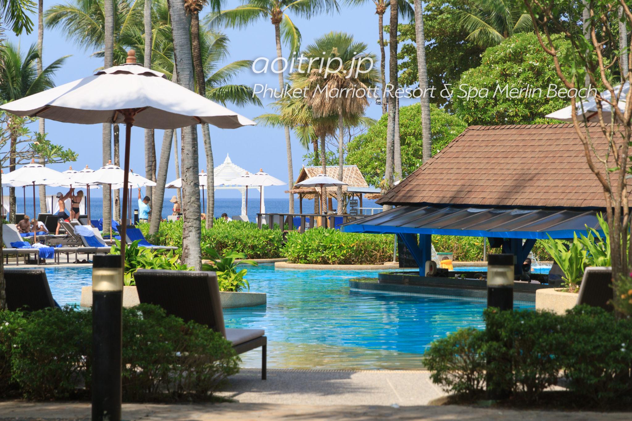 プーケット マリオット リゾート & スパ メルリン ビーチのプール