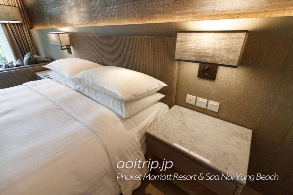 プーケットマリオットリゾート&スパナイヤンビーチの客室ガーデンカバナプールへのアクセス