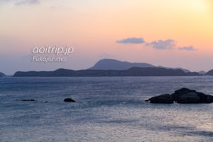 阿波連から望む外地島と久場島の景色