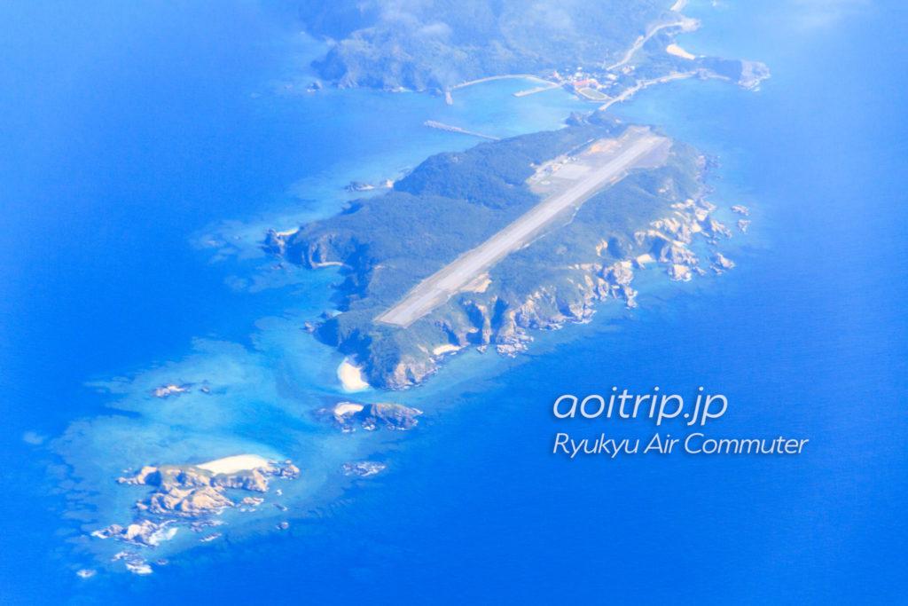 飛行機機内から見る外地島