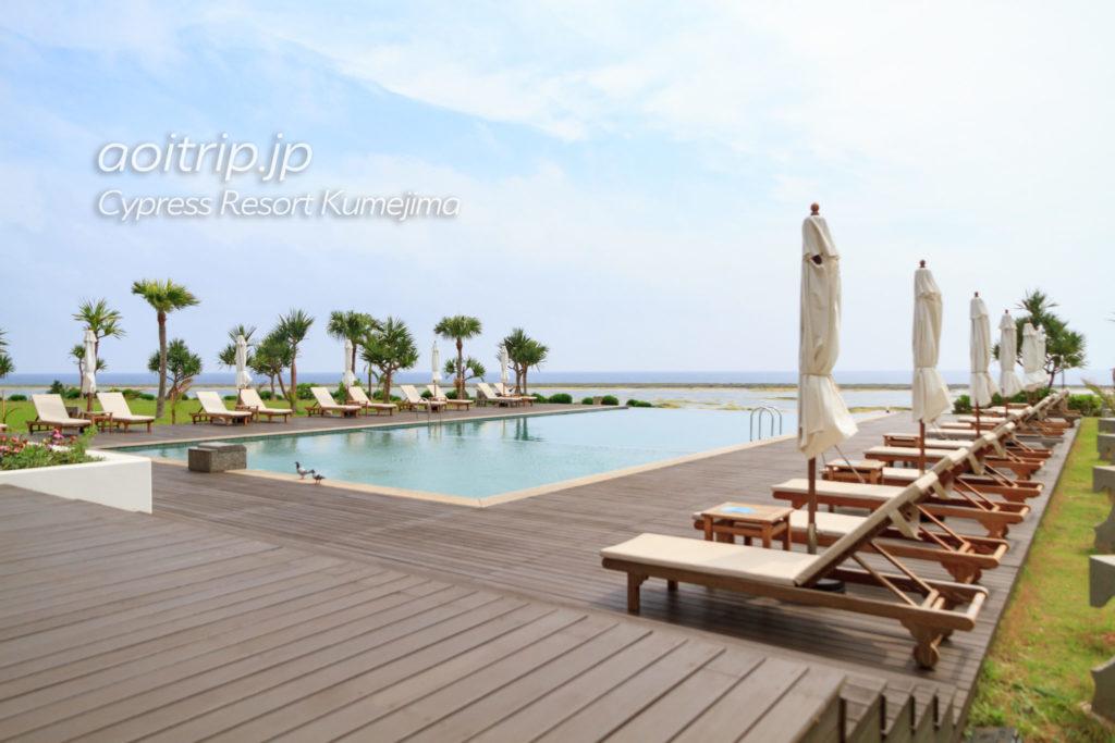 サイプレスリゾート久米島のプール