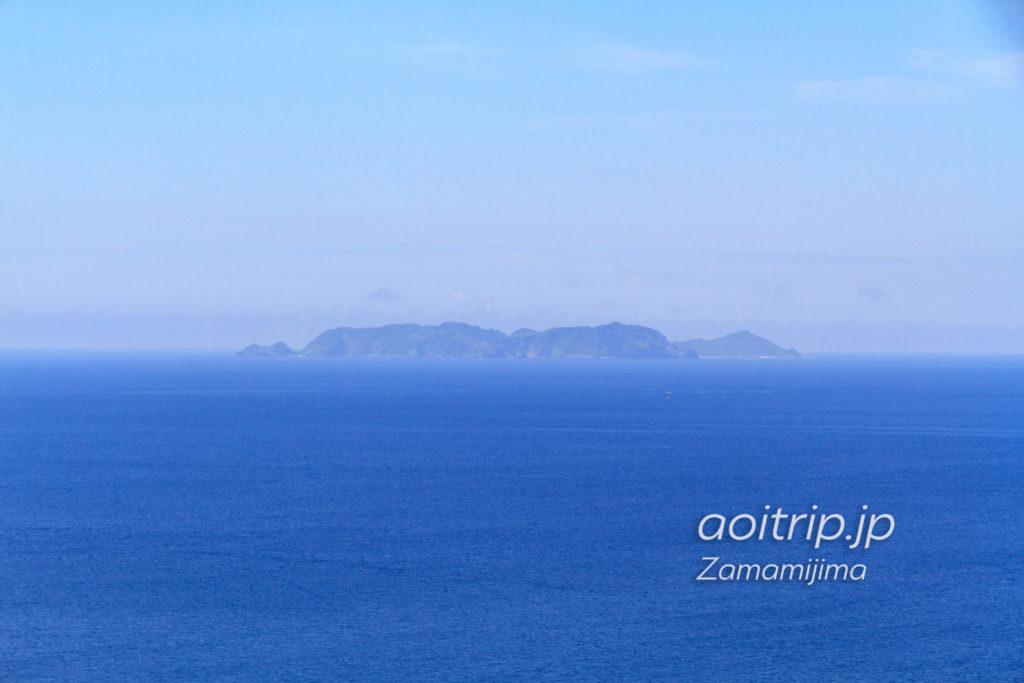稲崎展望台から見える渡名喜島
