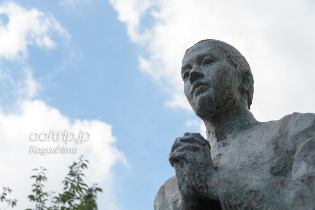 ザビエル公園にあるベルナルドの像