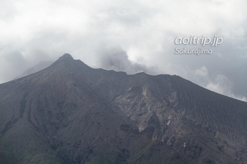 有村溶岩展望所から見る桜島の南岳
