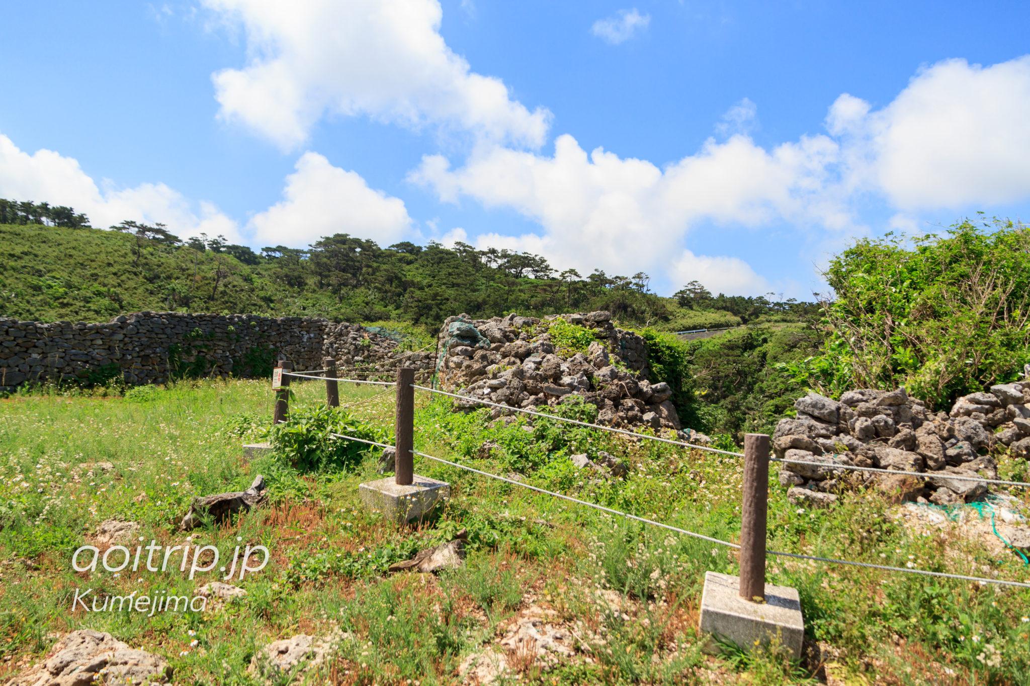 久米島の具志川城の裏門跡