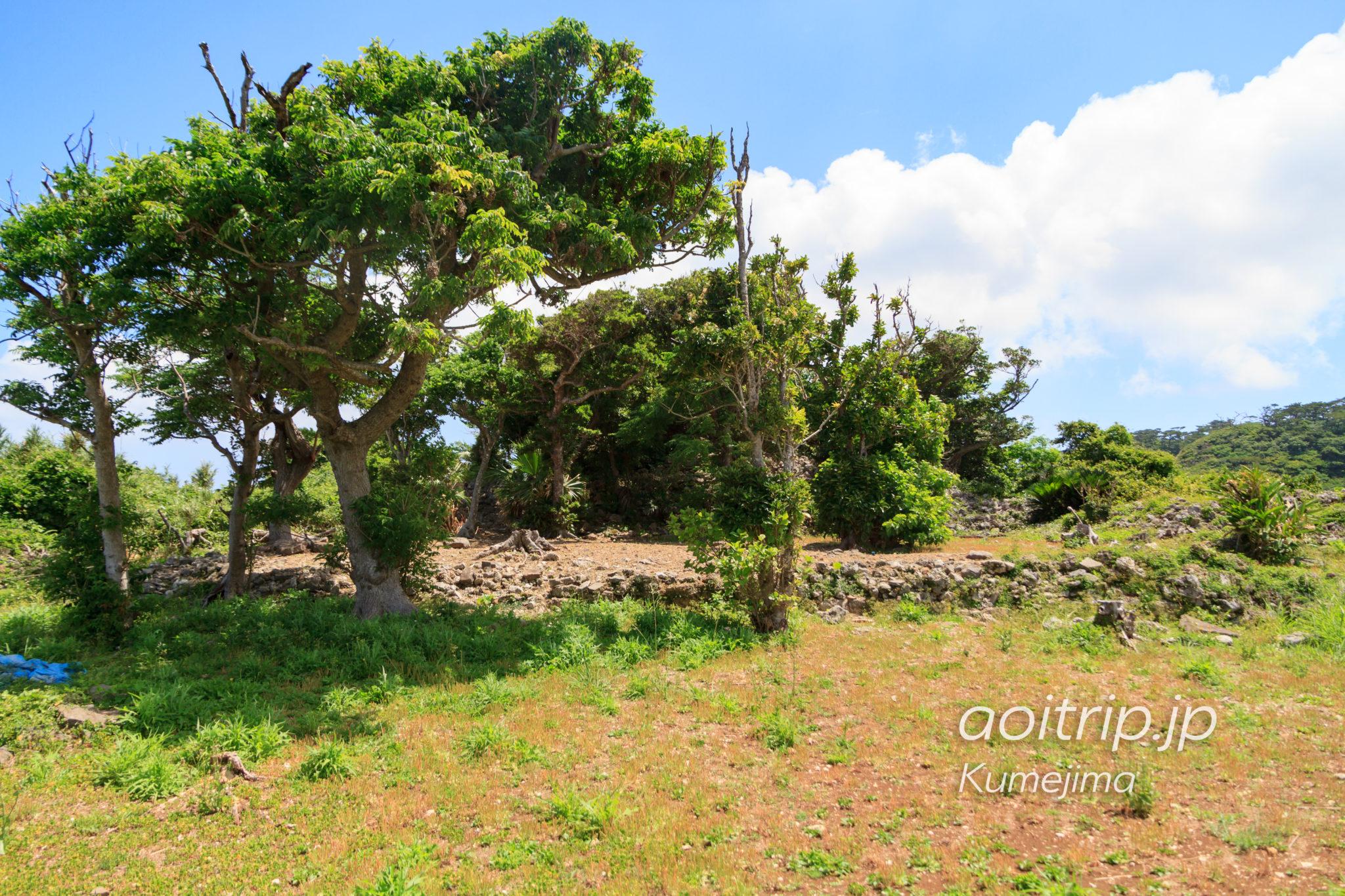 久米島の具志川城舎殿跡